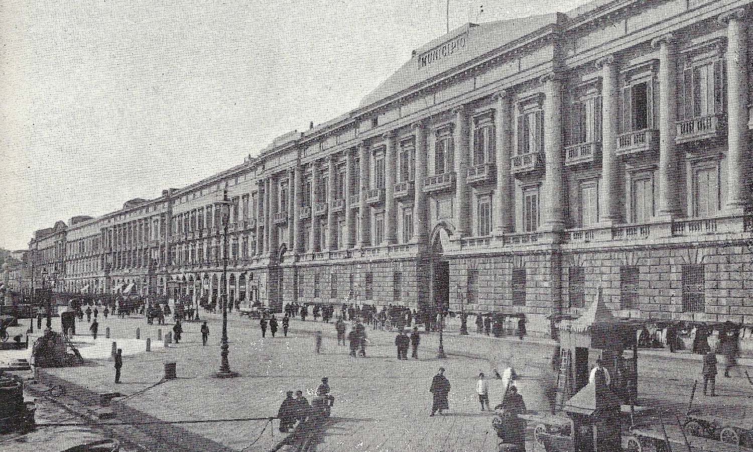 Messina's waterfront, the Palazzata, in the 19th century.